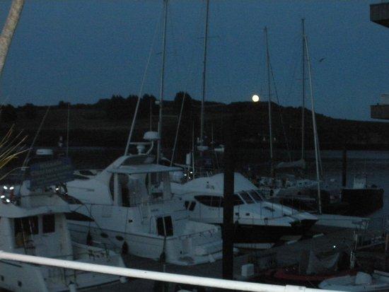 Trident Hotel Kinsale: Moon over Kinsale