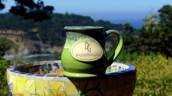 Brewery Gulch Inn : Great coffee mugs come with the view.