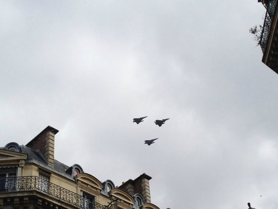 West-End Hotel : Military Planes Flying Over the Hotel on Bastille Day