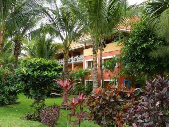 Barcelo Maya Colonial: jardines interiores