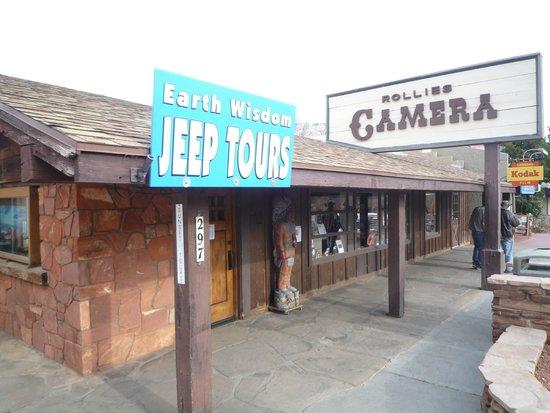 Earth wisdom jeep tours entrance