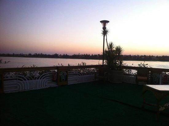 Sonesta St. George Hotel Luxor: Vista del nilo