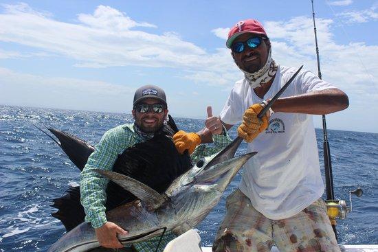 """Papagayo Sportfishing: Pacific Sailfish with """"Luiz"""""""