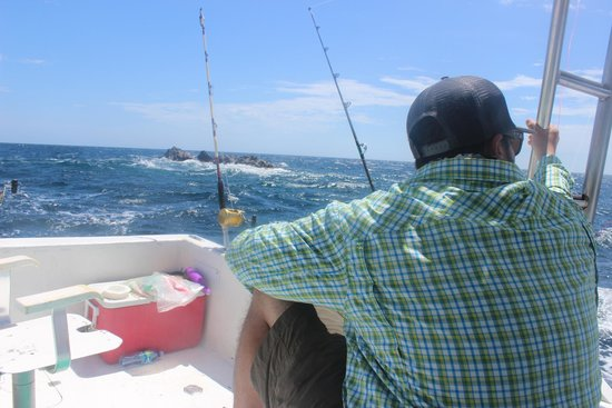 Papagayo Sportfishing: Out on the water.