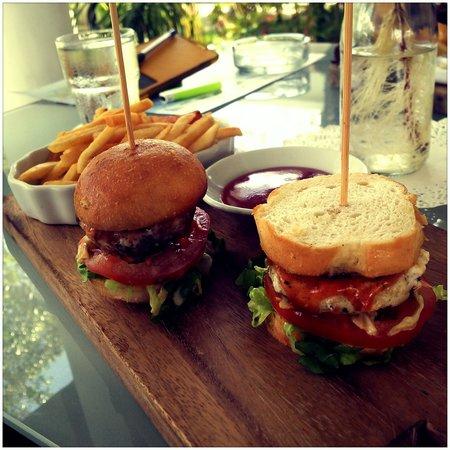 La Pari-Pari Langkawi: Fat CUPID's mouthwatering burgers