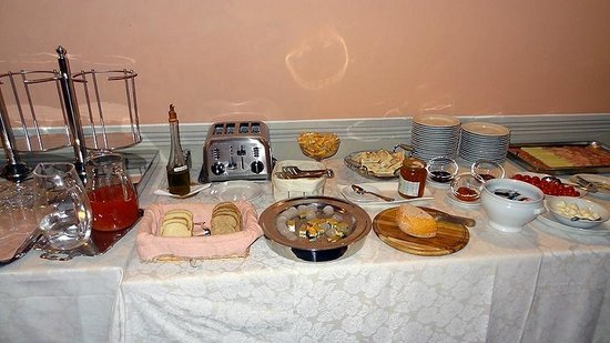 Hotel L'Antico Pozzo: Breakfast