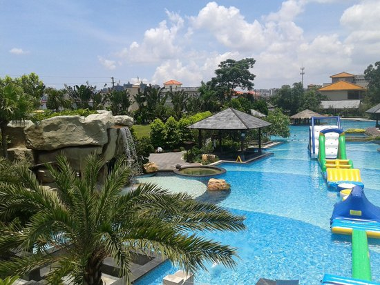 Zhongshan Hot Spring Hotel : pool