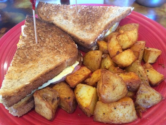 Pat's Cafe: Toast con patate