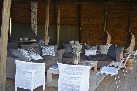 Victoria Falls River Lodge - Zambezi Crescent: Common Area