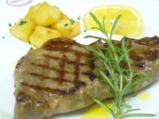 Wald House : 牛肉のトスカーナ風ステーキ