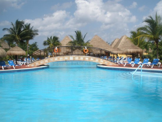 Allegro Cozumel: One of the family pools