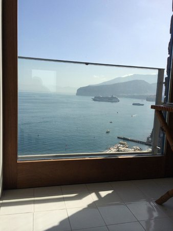 Maison La Minervetta: View waking up each morning