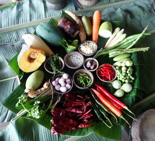 Blue Lagoon Cooking School: Fresh Veggies and Herbs