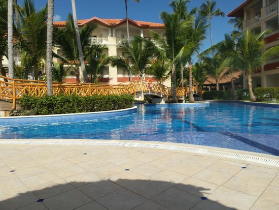 pool area picture of majestic elegance punta cana. Black Bedroom Furniture Sets. Home Design Ideas