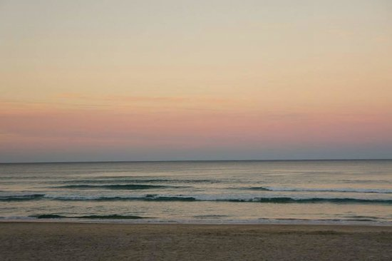 Watermark Hotel & Spa Gold Coast: Beach Area