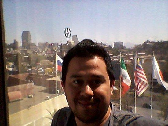 Crowne Plaza Santiago: vista hacia el atardecer y la ciudad