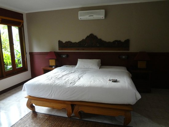 ONEWORLD retreats Kumara: Indoor Bed