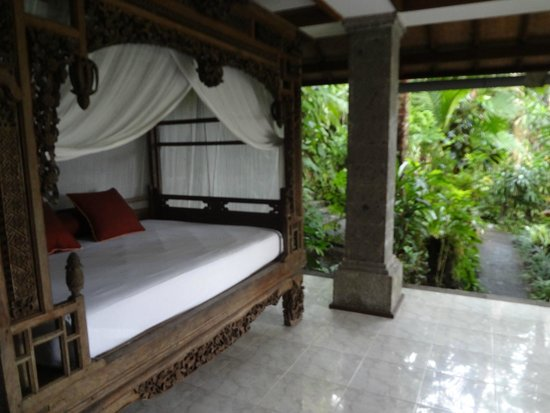 ONEWORLD retreats Kumara: Outdoor Bed