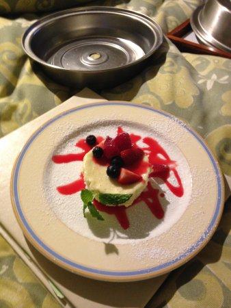 Hotel Amarano Burbank: Cheese cake