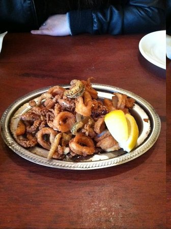 Giacomo's Restaurant : fresh Calamari