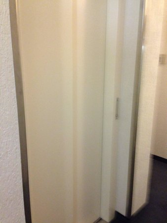 Best Western Hotel Favorit: Elevator