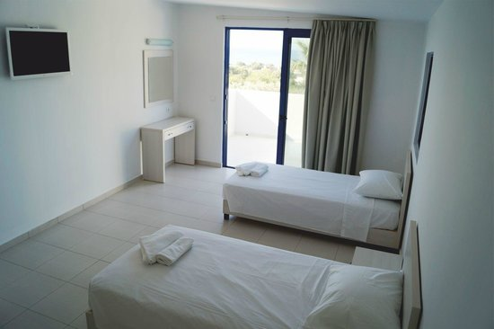 Eagle's Nest Hotel: Spacious Rooms