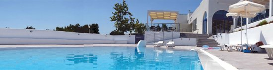 Eagle's Nest Hotel: Pool Deck