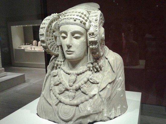 Museo Arqueológico Nacional: Dama de Elche