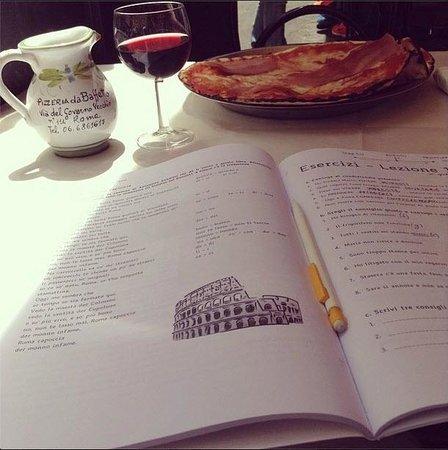 Pizzeria da Baffetto : Мой римский рай: пицца и знания)