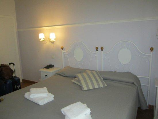 Hotel Ferrucci: room