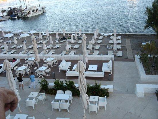 Patmos Aktis Suites & Spa: vista dalla ns camera