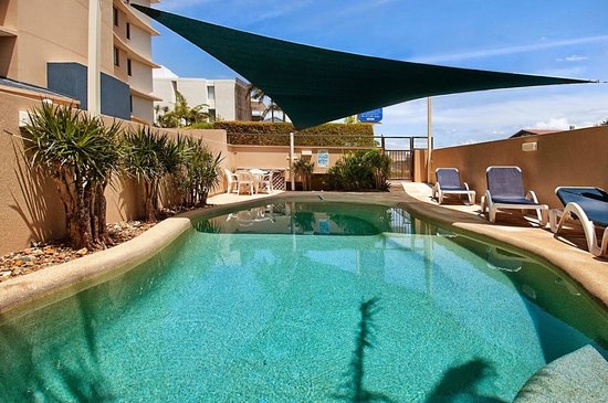 Windward Passage Holiday Apartments: Heated swimming pool for all year use