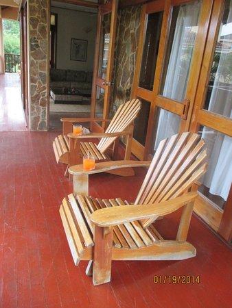 Belizean Dreams Resort: porch outside bedroom