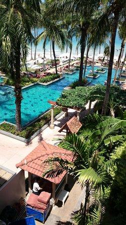 Centara Grand Beach Resort Samui : Pool picture