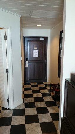 Centara Grand Beach Resort Samui: Main door