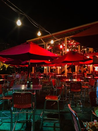 Crabs - We Got 'Em: Outdoor seating area offers a perfect view of the ocean!