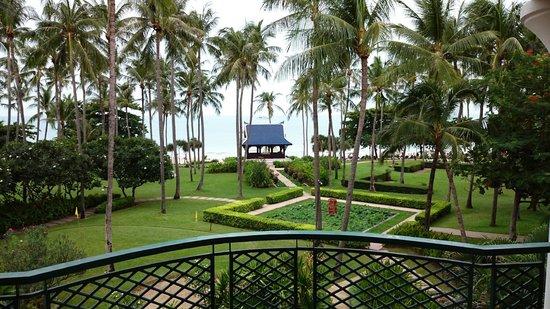 Centara Grand Beach Resort Samui : Another balcony pic
