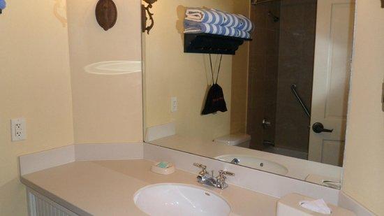 Hyatt Residence Club Key West, Beach House: Bathroom to one of bedrooms