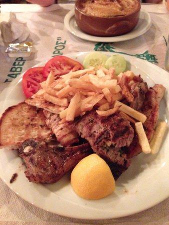 Taverna Alexandros: Misto alla brace