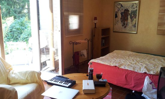 Ambiose Bed & Breakfast