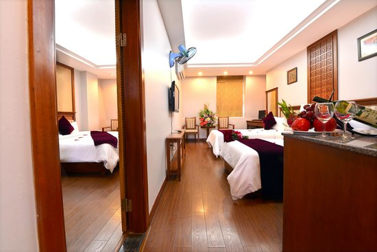 Rooms: Picture Of Golden Legend Hotel