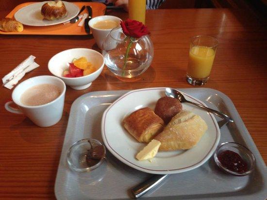 Le Velleda Hotel Restaurant : le petit déjeuner