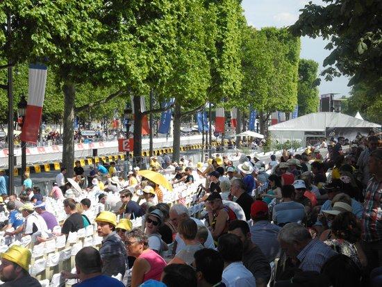 Hotel Chateau Frontenac: Tour de France, Champs Elysees