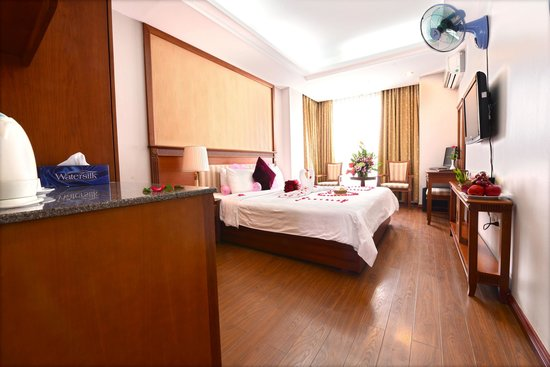 Golden Legend Hotel: Deluxe double room