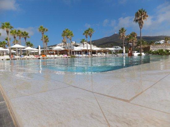 Club Med Yasmina : Superbe piscine ( en bas)