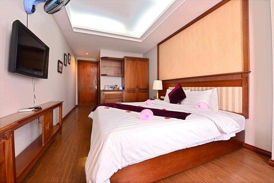 Golden Legend Hotel: Deluxe double room
