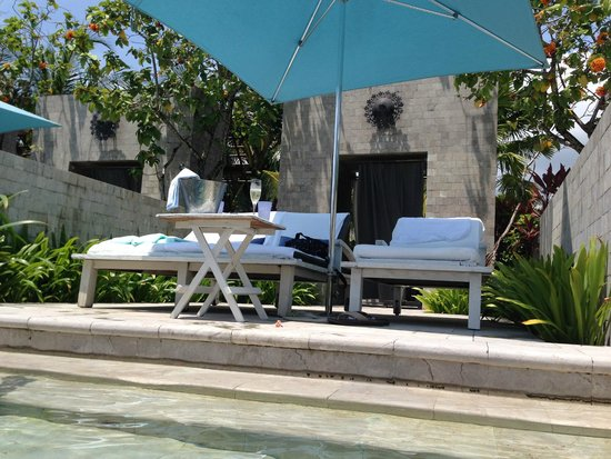 Four Seasons Resort Langkawi, Malaysia: Adult Quiet Pool - Private Cabana