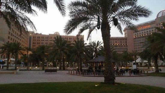 InterContinental Doha: beach front