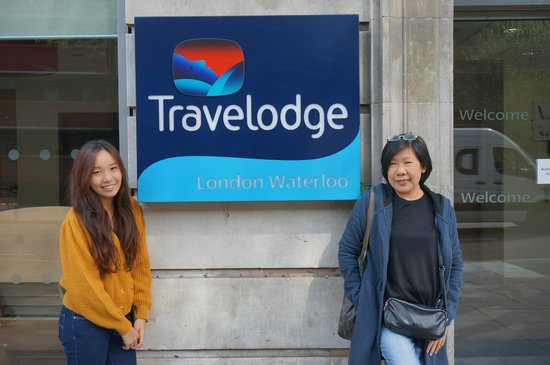 Travelodge London Waterloo Hotel: Front of Hotel