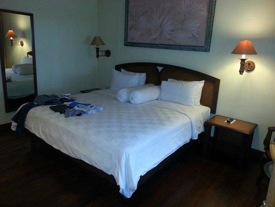 Kila Senggigi Beach Lombok: Bedroom in Seaview Villa